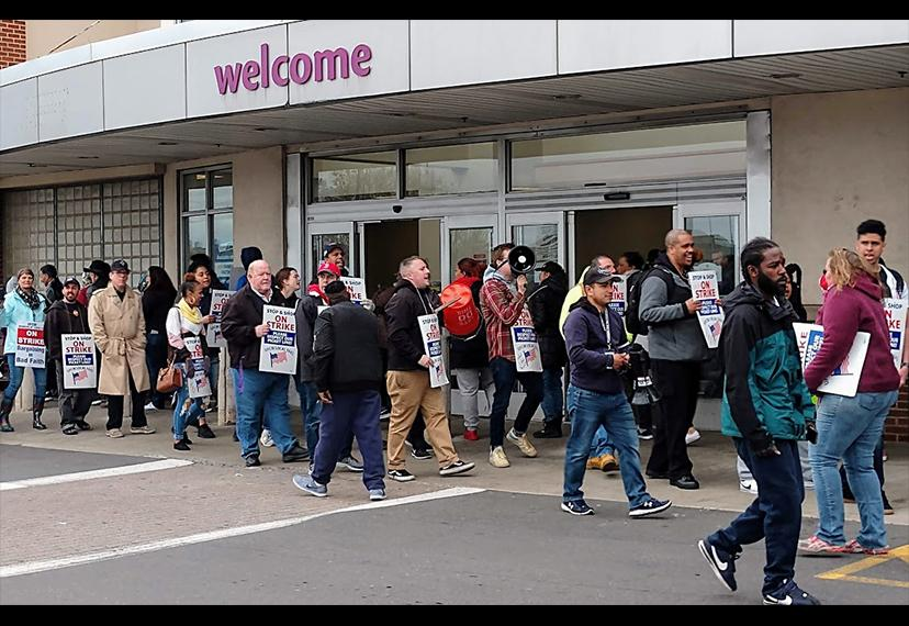 Proud members of the United Food and Commercial Workers International Union walk the Stop & Shop strike picket line on April 18. SAG-AFTRA New England members were among the crowd of supporters at the rally. (Photo by Vic Ramos)