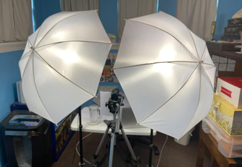 Umbrella lights for capturing the best side.