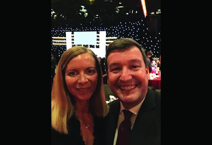 Kimberly Stump y el presidente local Eric Wydra