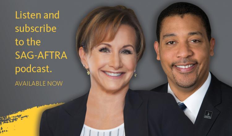 """Carteris y White disparos a la cabeza con el texto """"Escuche y suscríbase al podcast SAG-AFTRA. Disponible ahora""""."""