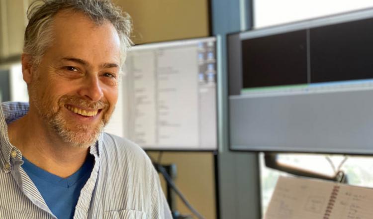 Foto de cabeza del editor y autor veterano Jordan Goldman, ACE