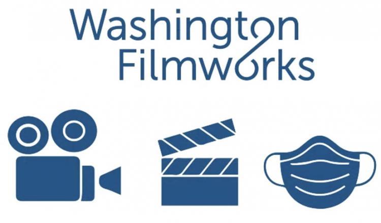 Logotipo de 'Washington Filmworks' con cámara, badajo y máscara debajo en azul