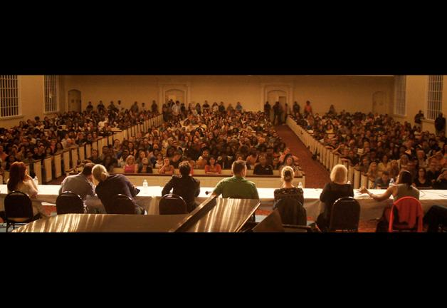"""A crowd shot at """"The Agents Roundtable Atlanta: Upping the Game"""" panel on May 6."""